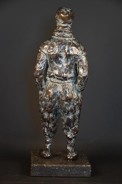 Urker Visser in brons - achterkant