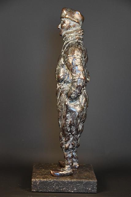Urker Visser in brons - links 2