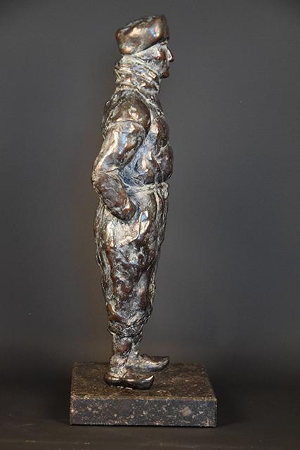 Urker Visser in brons - rechts 3